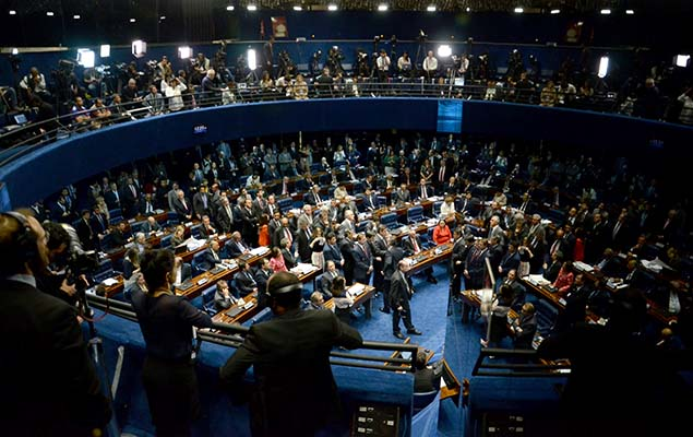 Plenário do Senado lotado antes de votação do processo de impeachment de Dilma Rousseff /Renato Costa/Folhapress