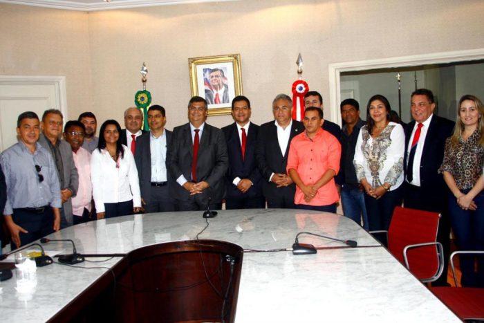 foto-handson-chagas-prefeitos-eleitos-1024x683