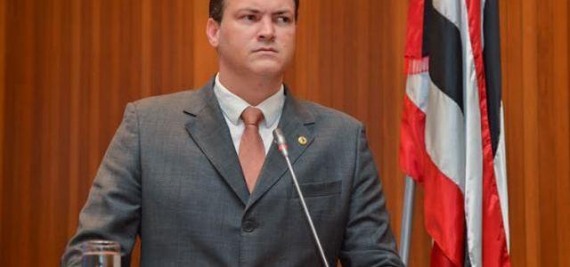 Sousa Neto agride de modo infame servidora da SES diagnosticada com depressão