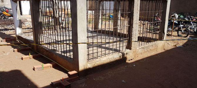 """""""Gaiolão"""" deixado por Roseana e Aluísio é demolido em Barra do Corda"""