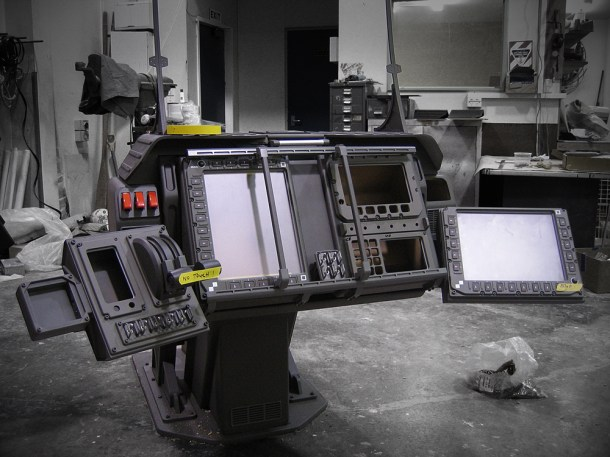 Pilot control console for the C-21 Dragon Assault ship