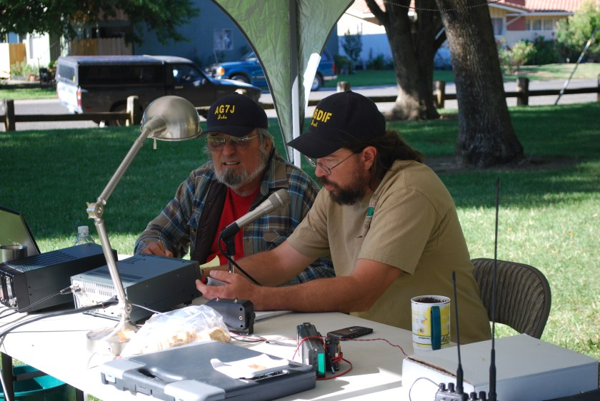 This image has an empty alt attribute; its file name is John-AG7J-and-Joel-KJ6DIF-GARS-Field-Day-2012.jpg