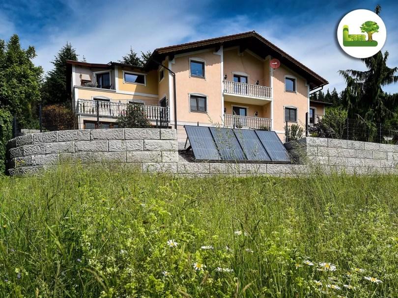 Gartenmauer + Photovoltaik