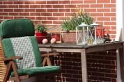 Sitzplatz im Schattengarten