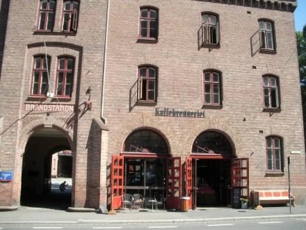 Altes Warenhaus, indem eine Kaffeerösterei untergebracht ist (Kaffebrenneriet)
