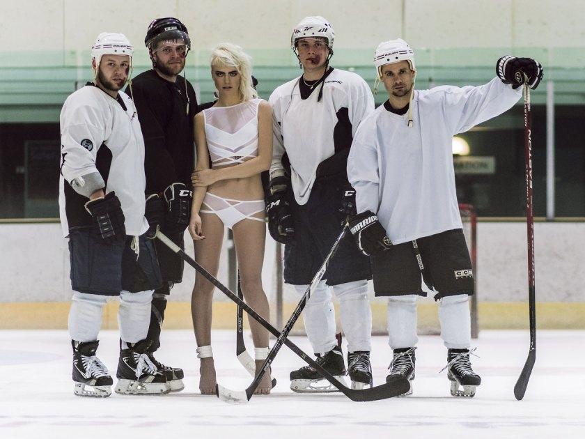 11-hockey