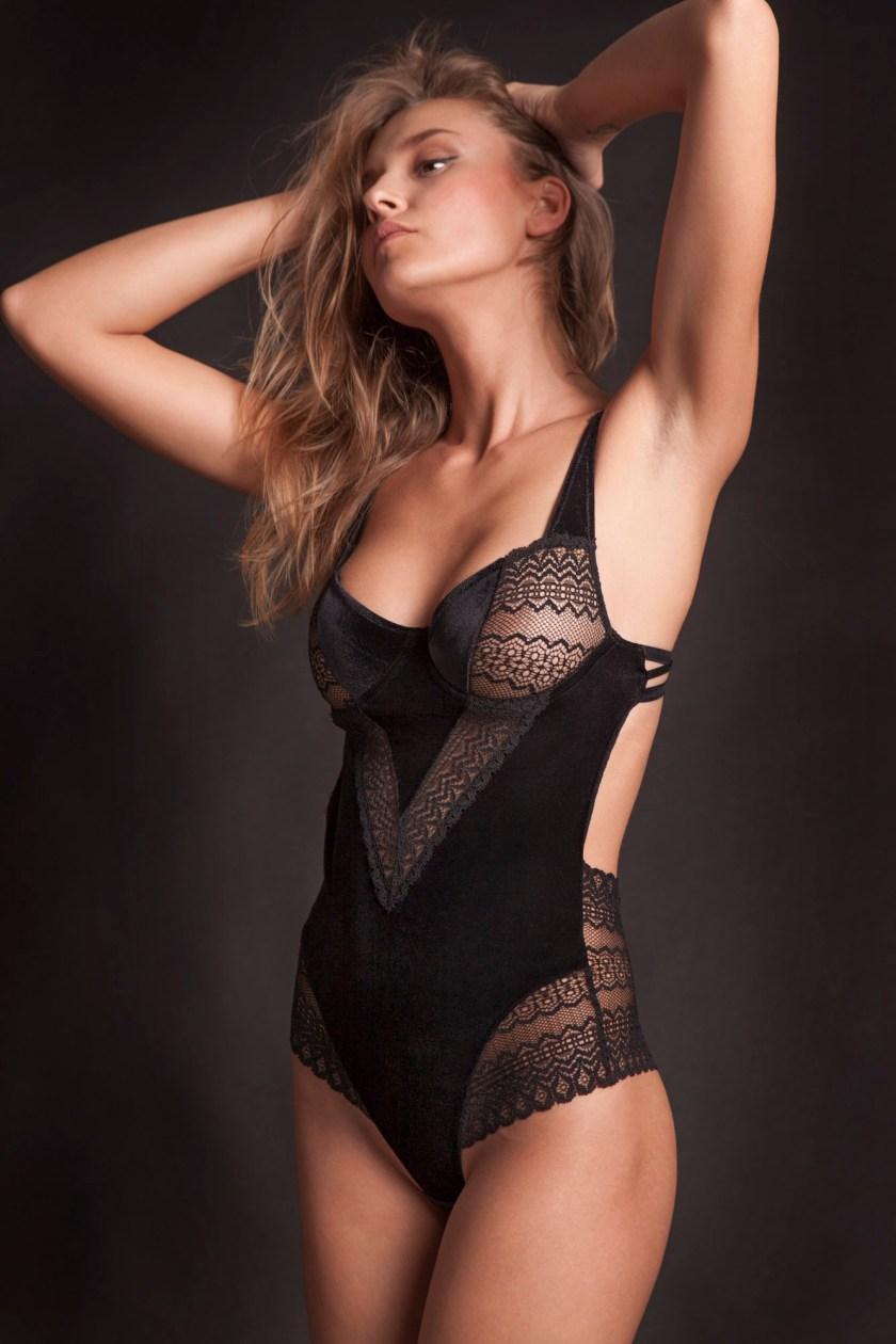 25th Hour lingerie velvet бархатное нижнее белье