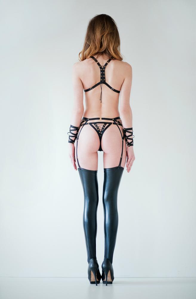 Ludique Lustful Black  back