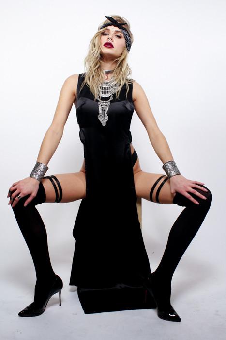 mstrofdisguise thigh garter
