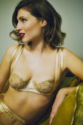 Бра Goddess от Loveday London на распродаже Full Disclosure