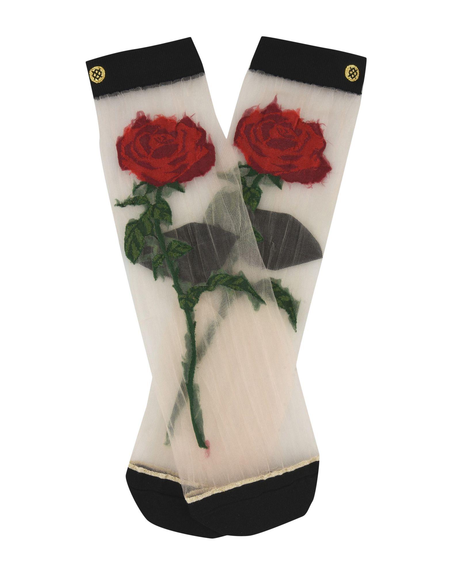 Мода. Прозрачные носки из тюля