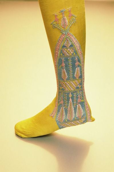 Early 19th century silk emroidered English stockings, The Kyoto Costume Institute, photo by Naoya Hatakeyama