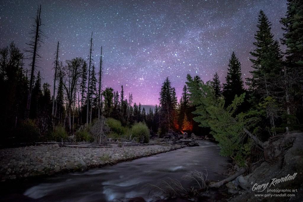 Hood River Aurora