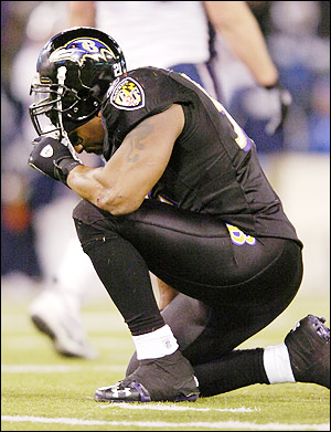 "Ray Lewis was ""Tebowing"" long before Tim Tebow."