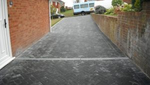 Grey stone driveway by Gary Simes in East Sussex