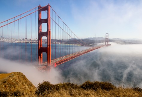 Golden Gate Bridge with wispy fog