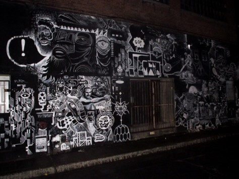 Black and white grafitti in Montreal