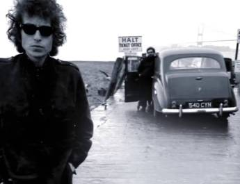 "Buon compleanno a Bob Dylan con ""Knockin' on Heaven's Door""!"