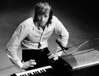 130520174627-02-ray-manzarek-horizontal-large-gallery
