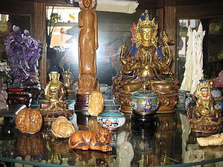 Chinese collectibles
