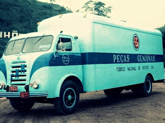 FNM D11.000 Peças Genuinas - FNM o caminhão do Brasil