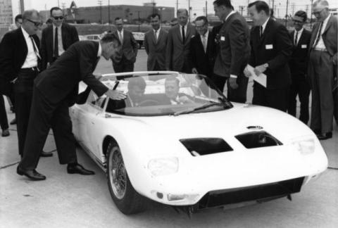 """f4 - """"FORD GT40"""" o matador de Ferraris"""