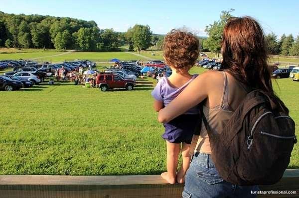 q45 - 50 anos do Festival de Woodstock, muito rock, paz, amor e carros.