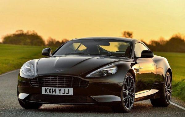 w1 4 - Aston Martin - o puro Inglês