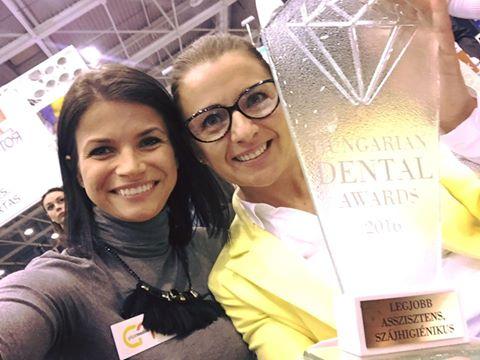 Hungarian Dental Award 2016 Az év szakasszisztense díj Székely Viktória Csontos Ramóna