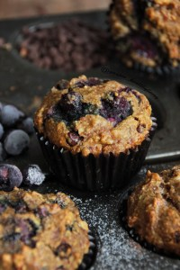 Flourless blueberry & chocolate muffins