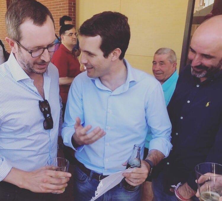 Javier Maroto, Pablo Casado y Rafael Laza   Foto: Twitter