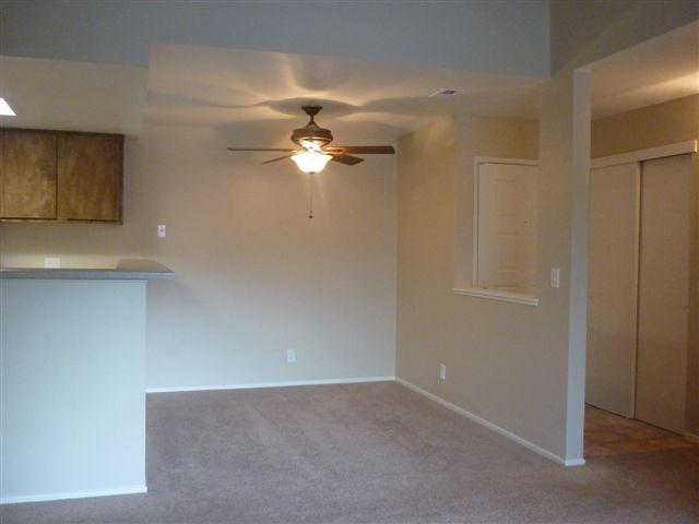Redfield Ridge Apartments Unit