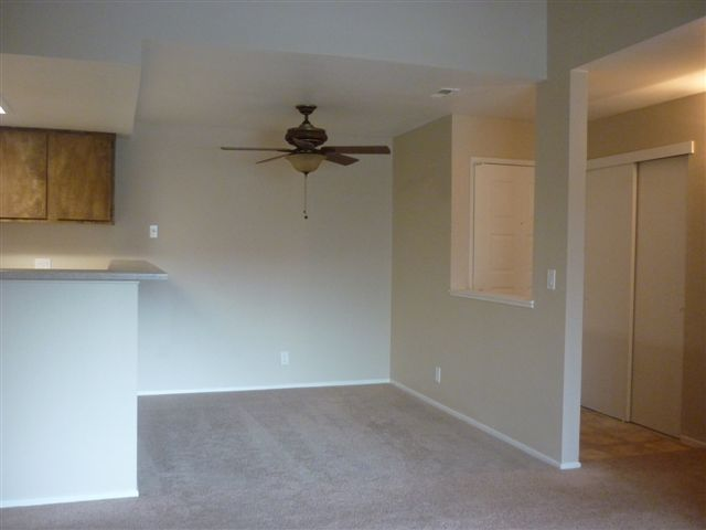 Redfield Ridge Apartments Unit