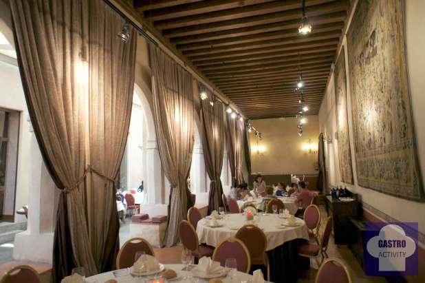 Salón comedor del restaurante San Antonio El Real