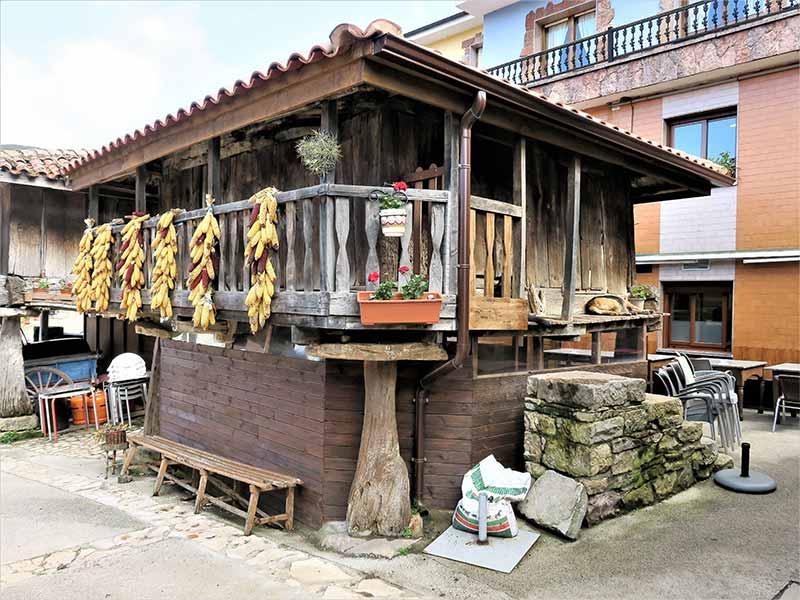 Casa Generosa Pedroveya Asturias Ruta de las Xanas