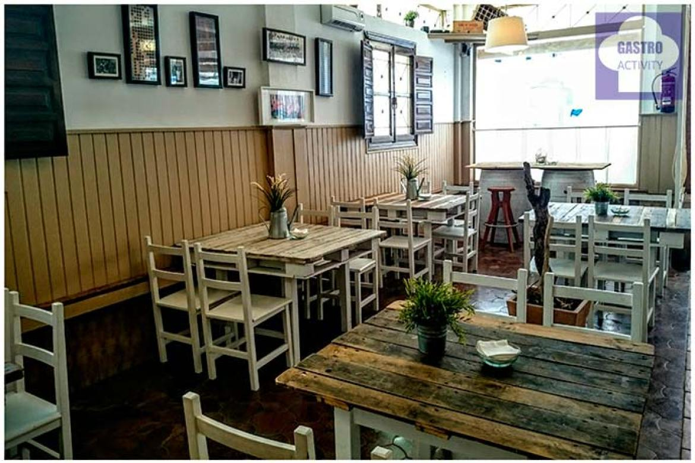 Zona de taberna restaurante Quince Nudos Ribadesella