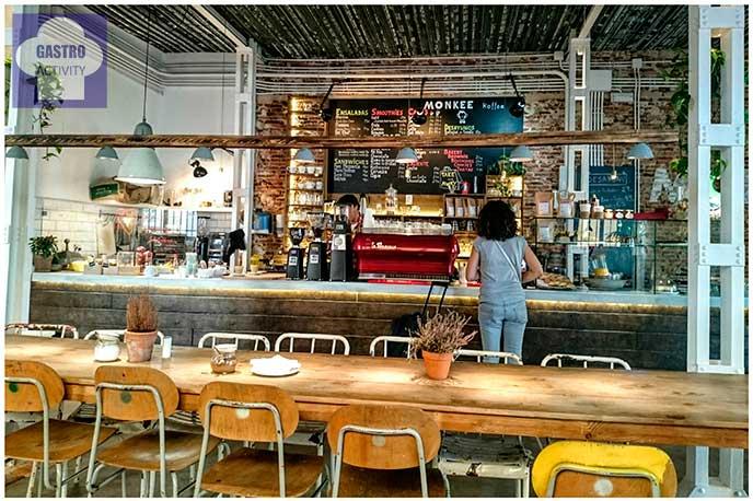Interior de Monkee Koffee