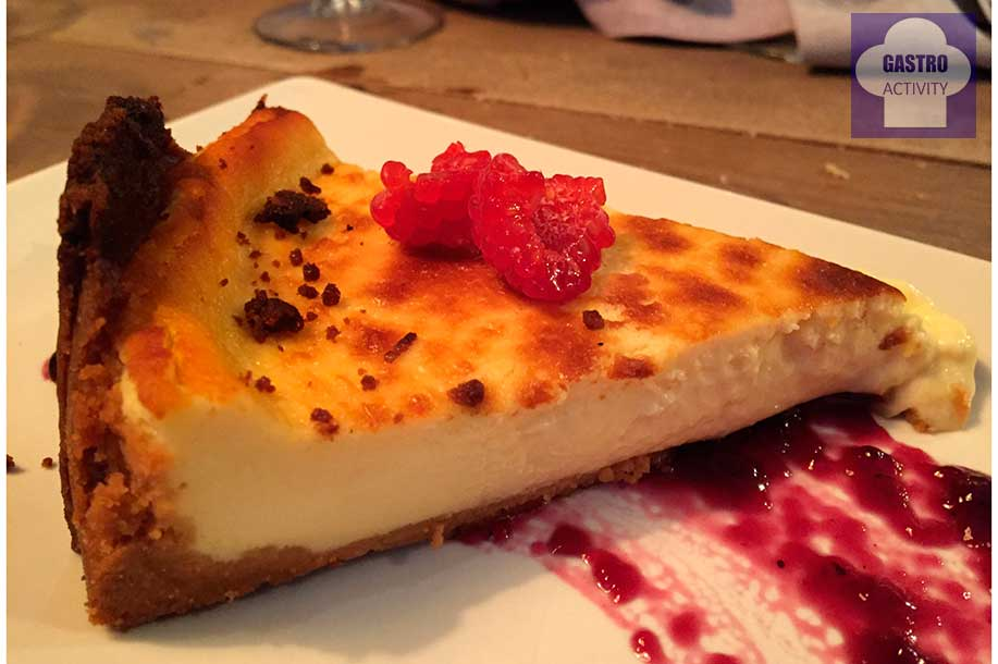 Tarta de queso con un toque de queso azul