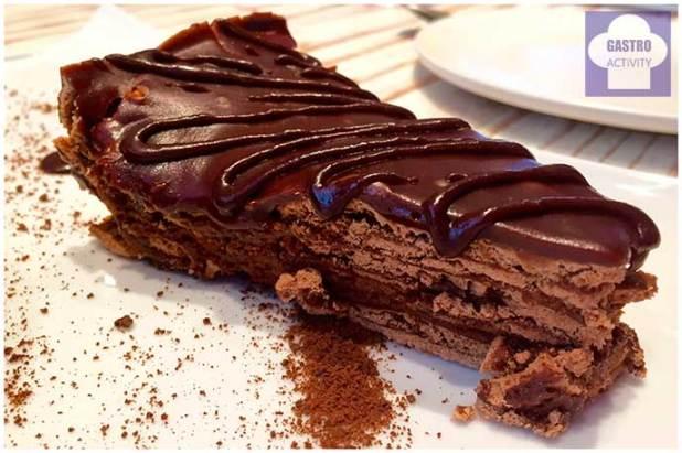Tarta de chocolate de la abuela Taberna Sota Caballo Rey Grupo Raza Nostra