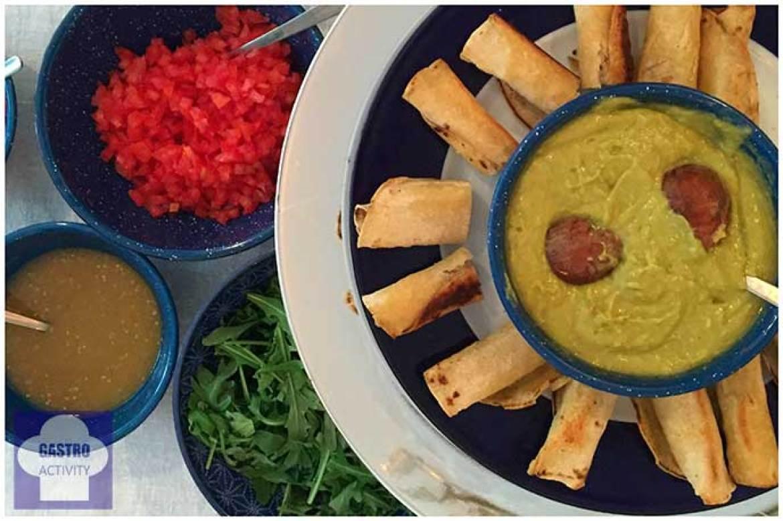 Flautas de pollo Takering catering saludable mexicano