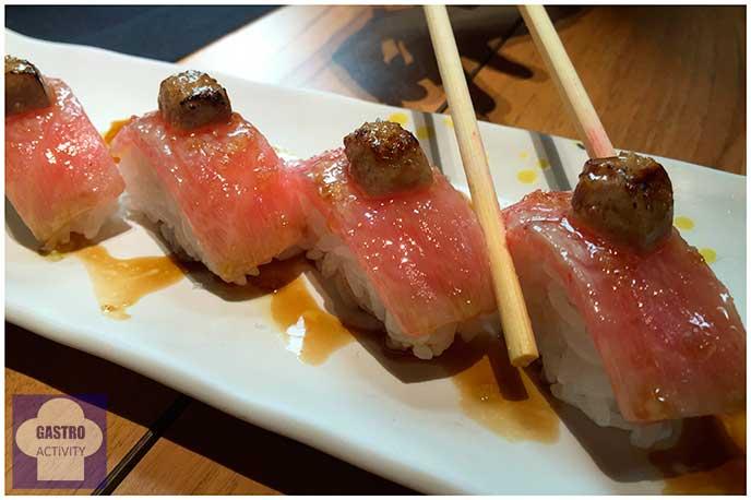 Niguiri de ventresca de atún y foie Restaurante Enso Sushi japones