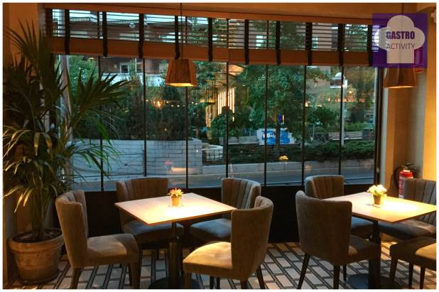 Zona cercana a la barra Restaurante Lavaca Madrid