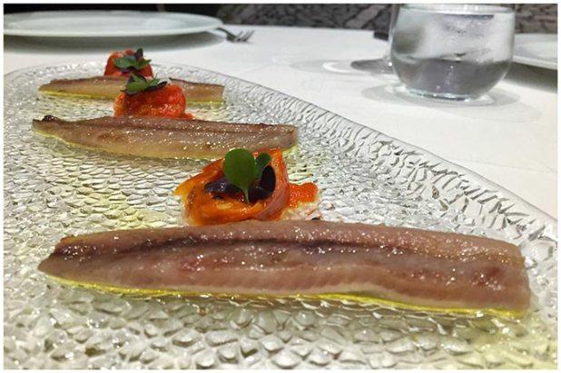 Lomos de sardinas ahumadas con pimientos rojos asados Restaurante Conlaya Madrid