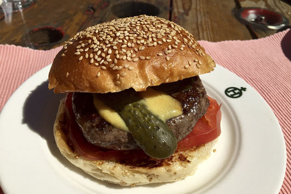 Hamburguesa de bufala Brunch de WareHouse Madrid