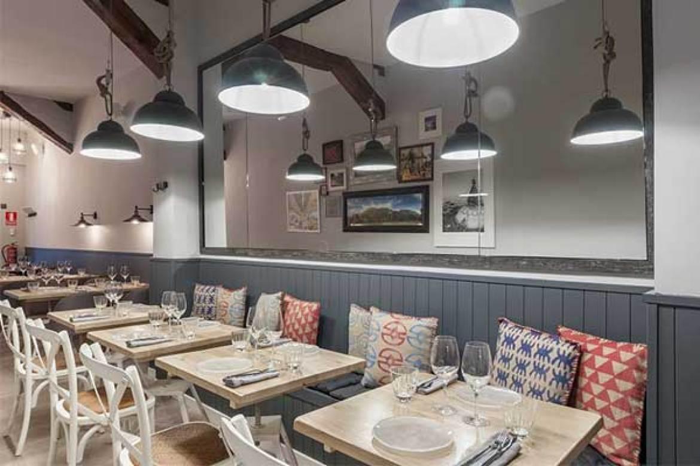 Sala del restaurante Kuoco 360 Food