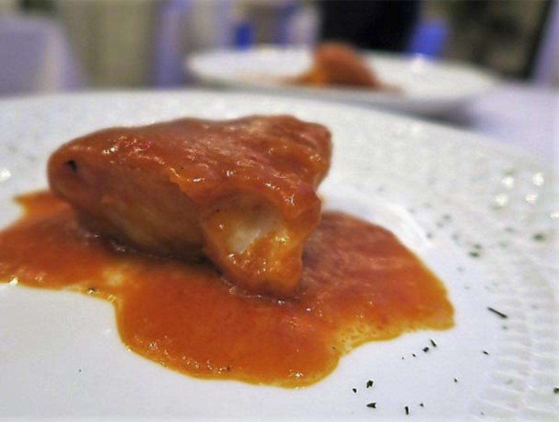 Bacalao Vizcaína con fondo de pil pil Restaurante La Clave Madrid