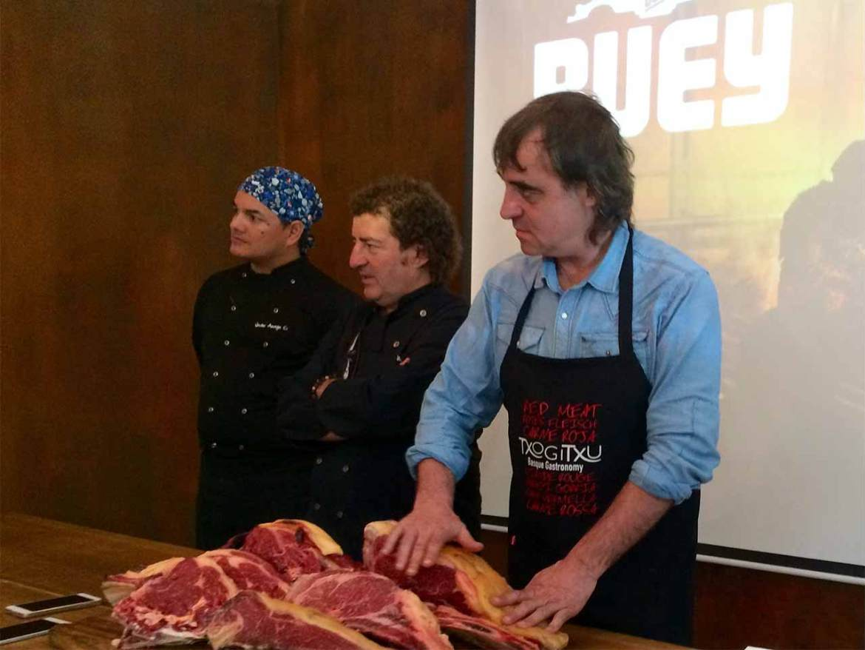 Imanol Jaca e Iñaki Lopez en las Jornadas de Carne de buey Grupo Sagardi
