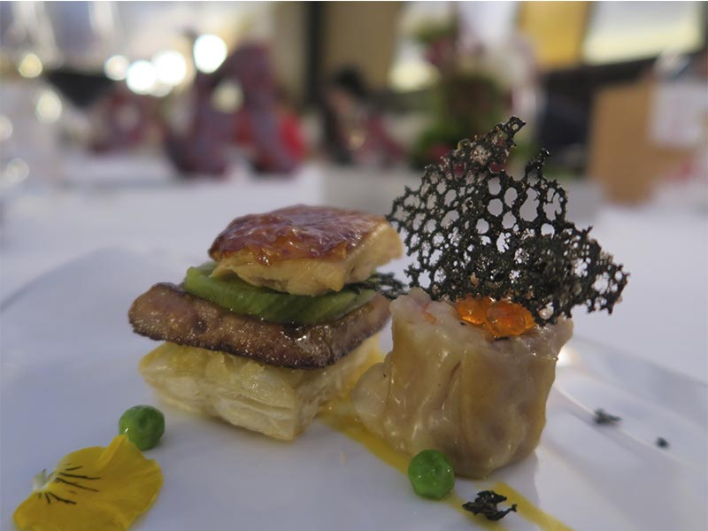 Menu degustacion del chef Scott Xu para China Taste 2018 Hojaldre de pollo