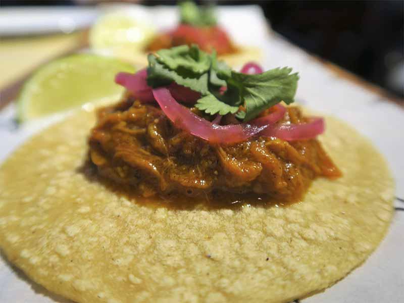 MAWEY Taco Bar taqueria mexicana Madrid Tacos al pastor