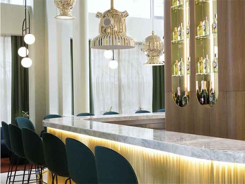 Garra Bar en el Hotel Barcelo Torre de Madrid Barra